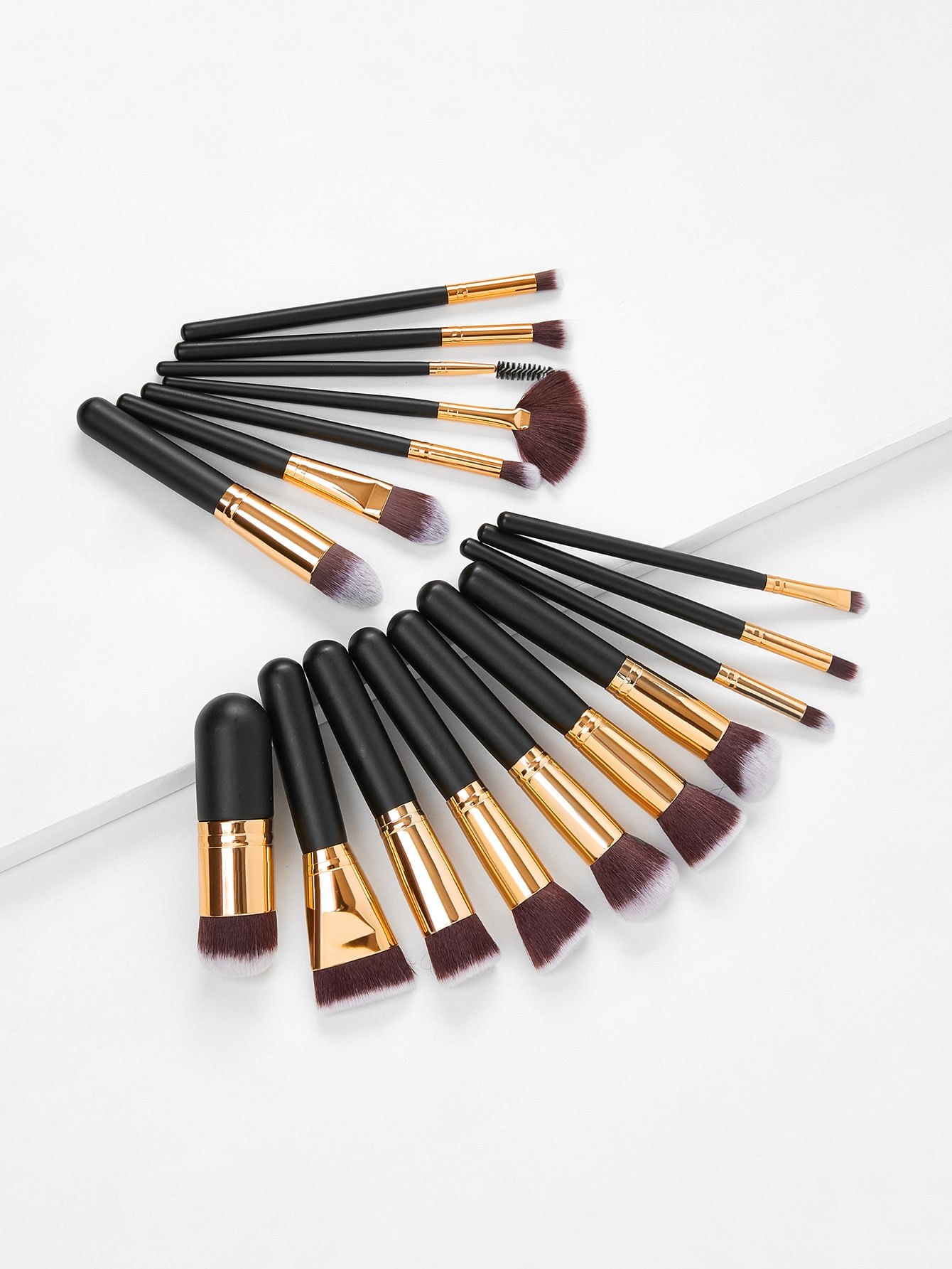 Fan Shaped Professional Makeup Brush 17pcs