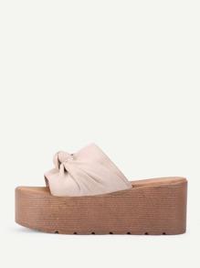 Knot Design Flatform Sandals