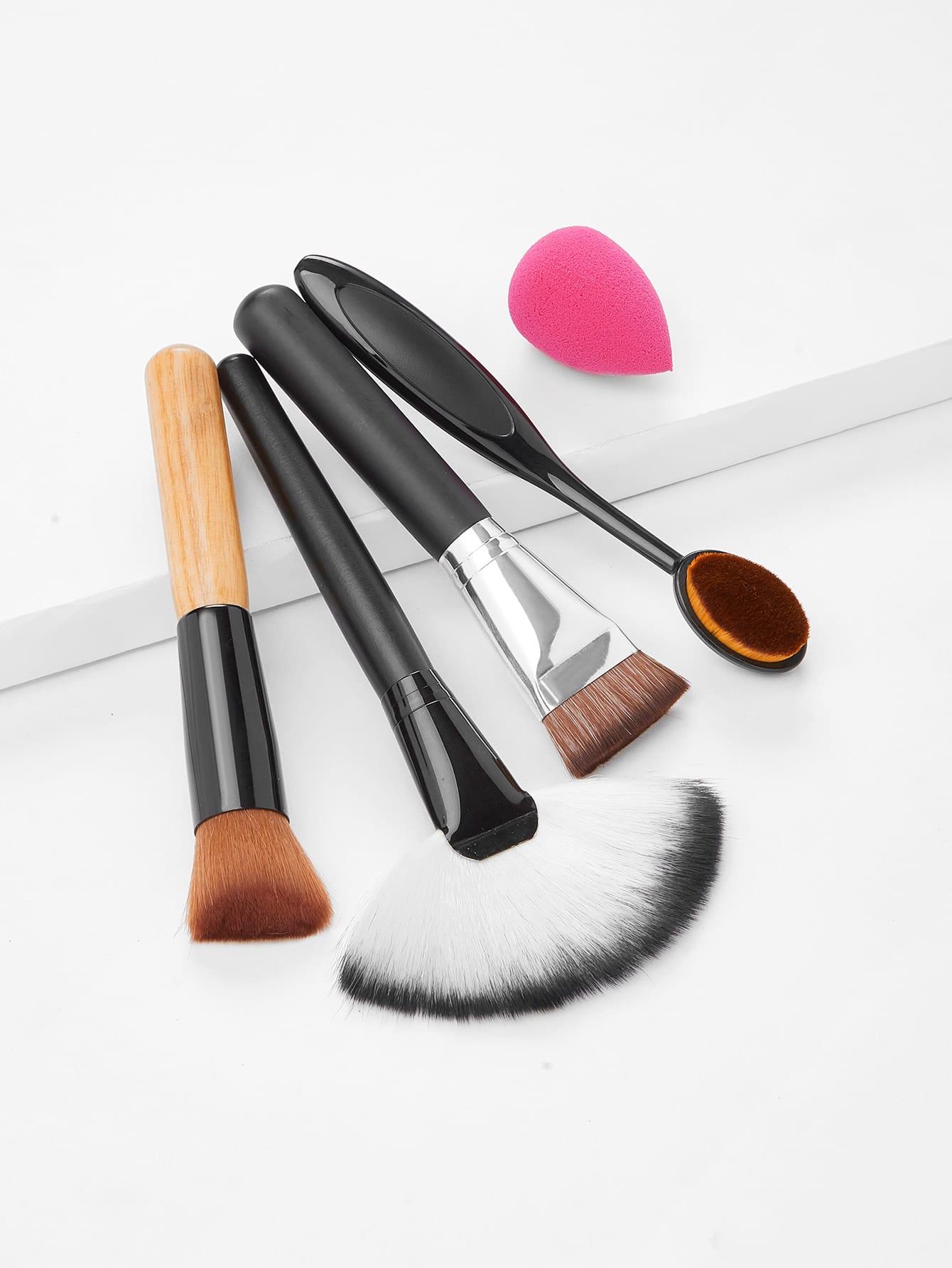 Купить со скидкой Makeup Brush Set With Puff