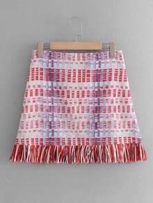 Falda de cuadros con flecos