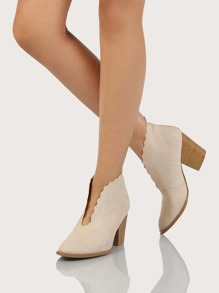 Scalloped Deep V Distressed Boots BEIGE