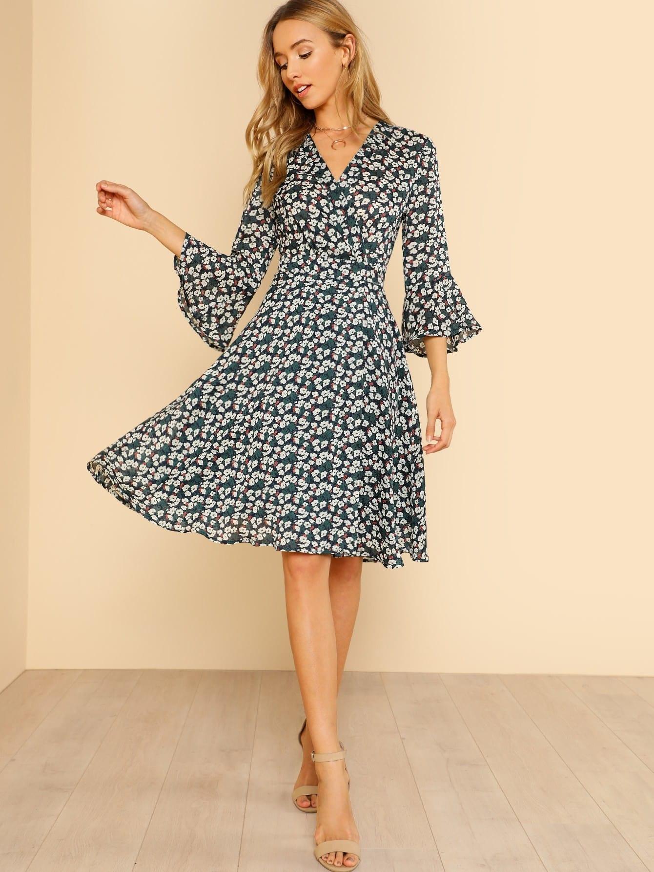 цена на Trumpet Sleeve Surplice Wrap Floral Dress