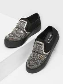 Geometric Pattern Low Top Sneakers