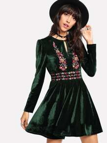 Keyhole Front Floral Embroidery Velvet Dress