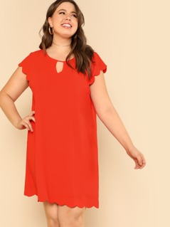 Plus Keyhole Front Solid Scalloped Dress