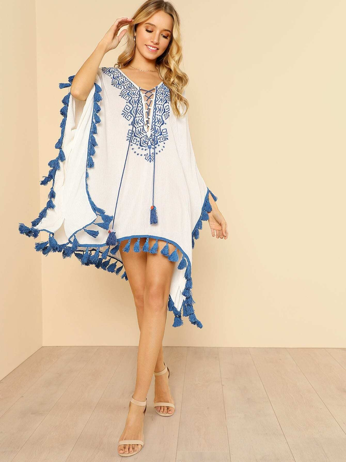 все цены на Lace Up Embroidered Neck Poncho Top