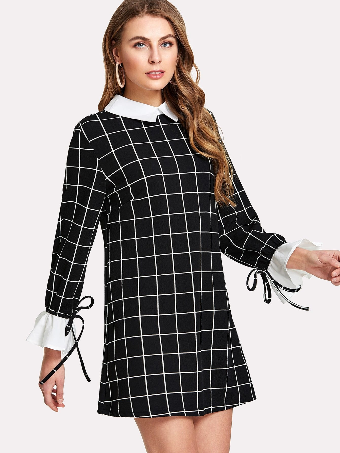 Contrast Collar And Cuff Grid Dress lace collar and cuff tunic dress