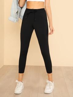 Drawstring Capri Leggings with Dual Pockets BLACK