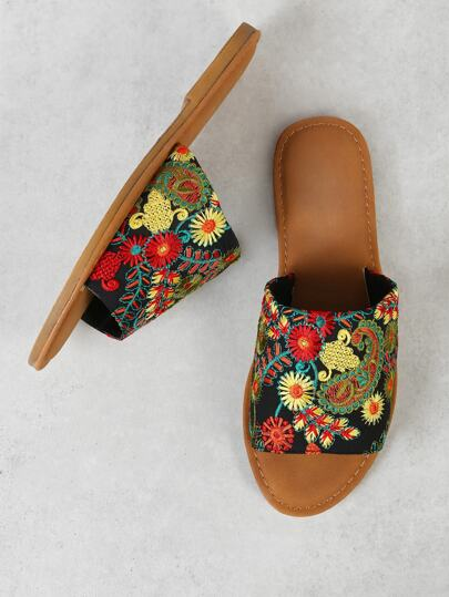 Flower Embroidered Slide Flat Sandal BLACK