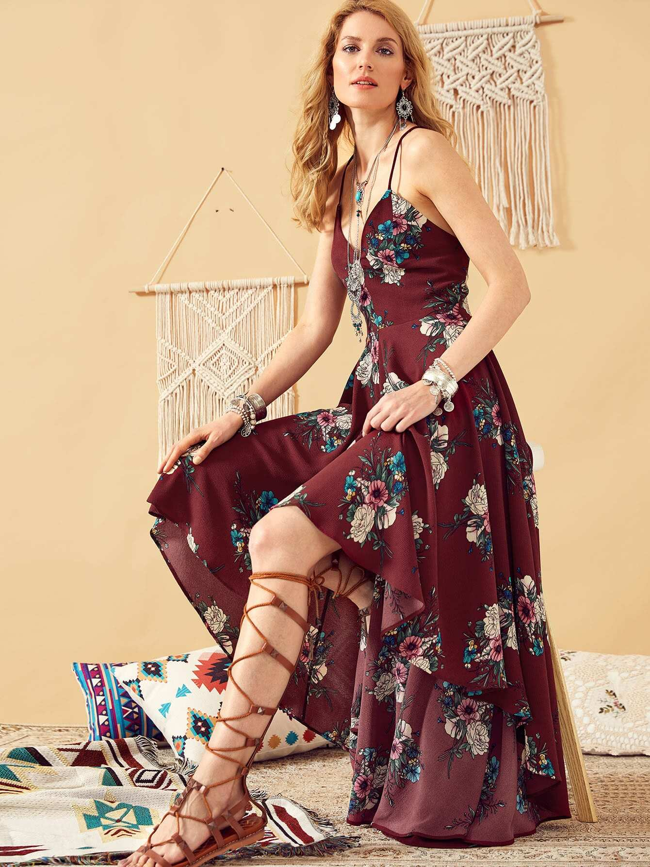 цена на Lace Up Back High Low Floral Cami Dress