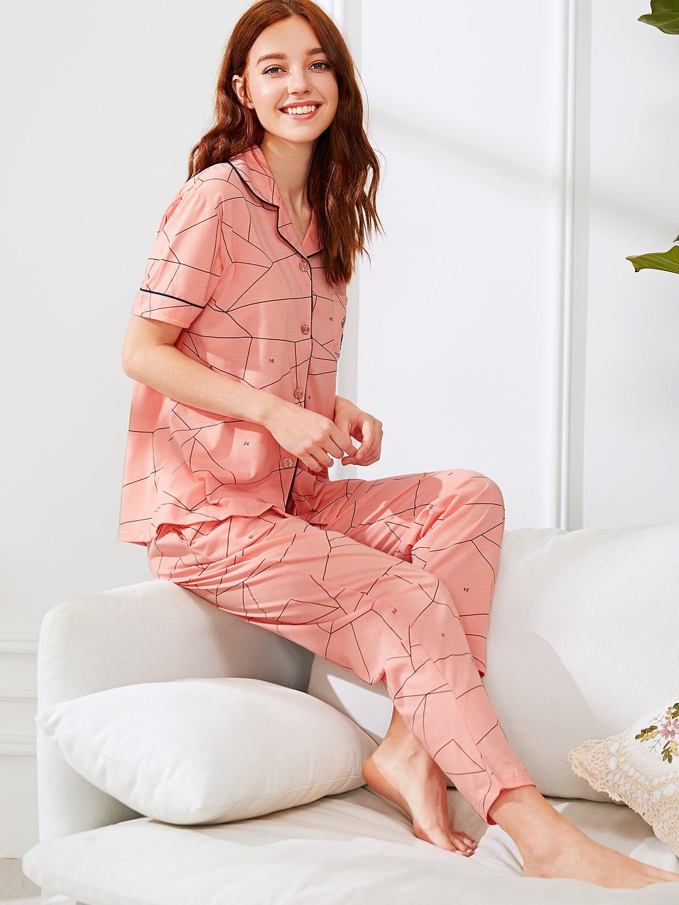 Комплект пижамы рубашка с принтом и шорты