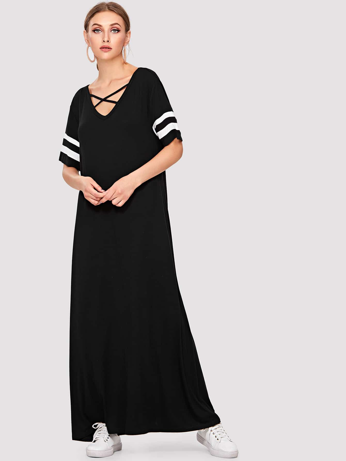 цена на Crisscross V Neck Striped Sleeve Dress