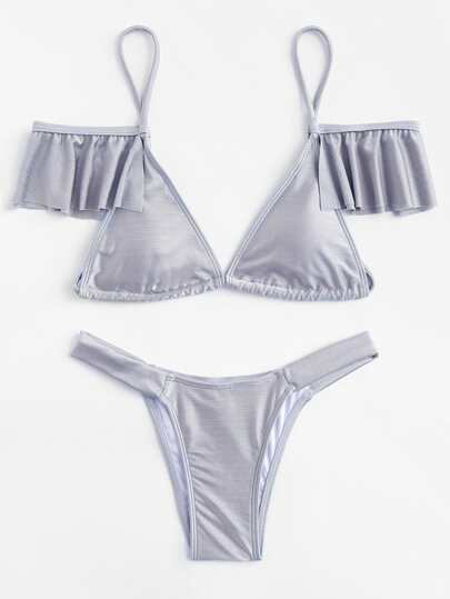 Ensemble de bikini triangle à volants