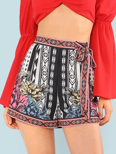 Floral Piece Print Shorts with Tie Waist OFF WHITE BLACK