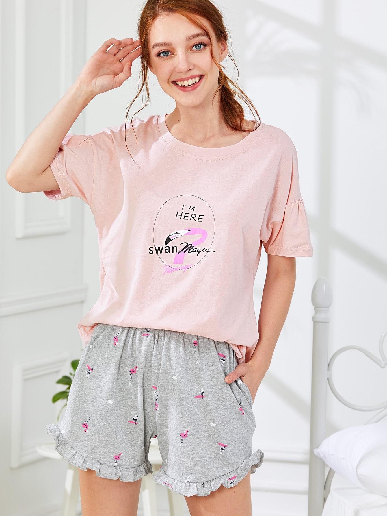 Комплект пижамы шорты и топ с принтом