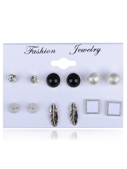 Leaf & Round Design Stud Earring Set