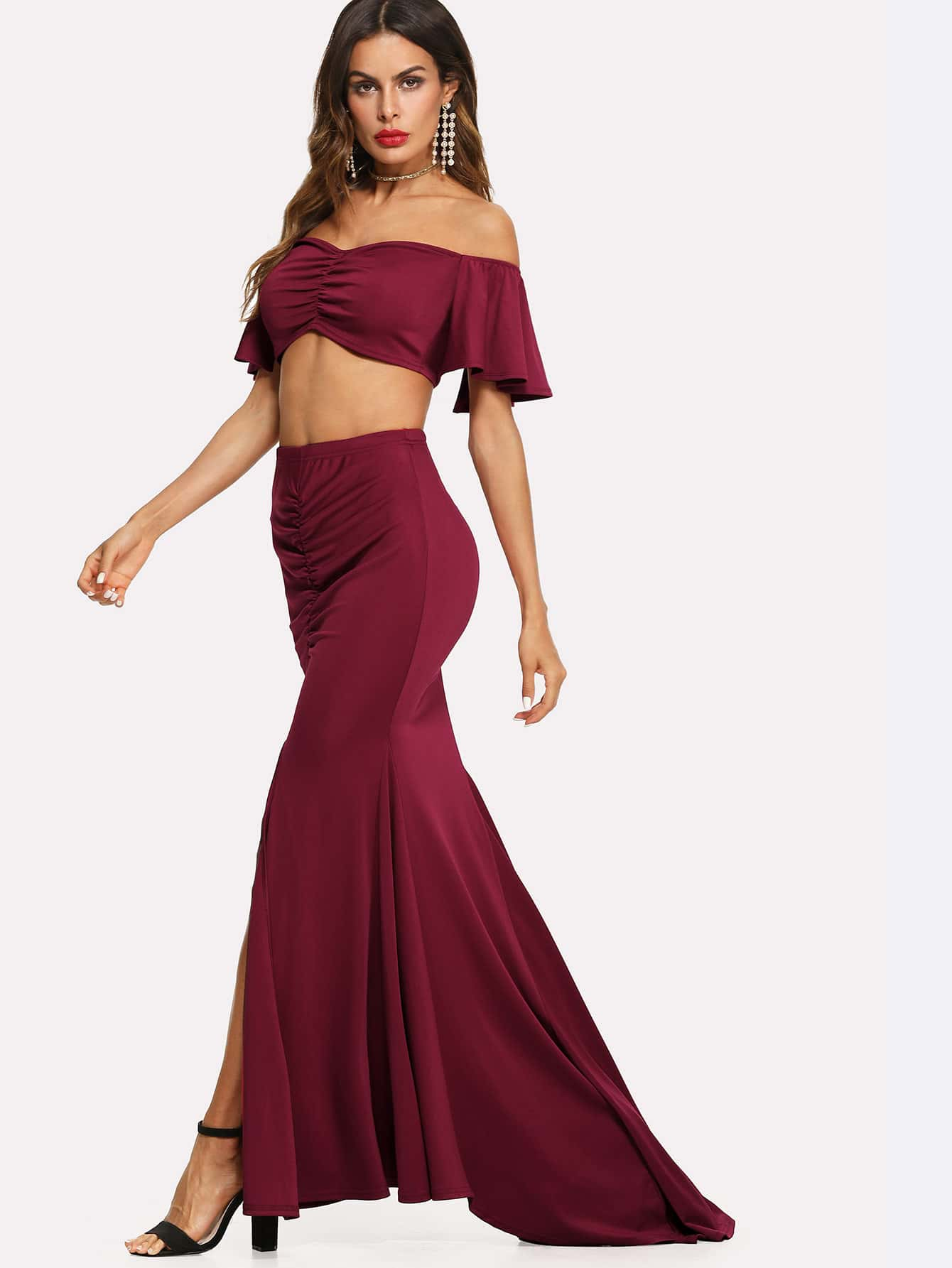 Drawstring Front Crop Top & Ruched Slit Skirt Set solid ruched knit skirt