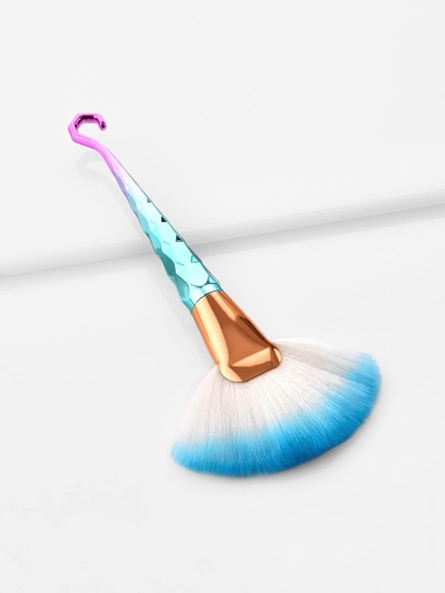 Fan Shaped Ombre Handle Brush