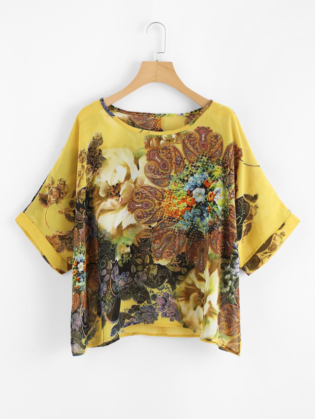 Жёлтая модная блуза с цветочным принтом