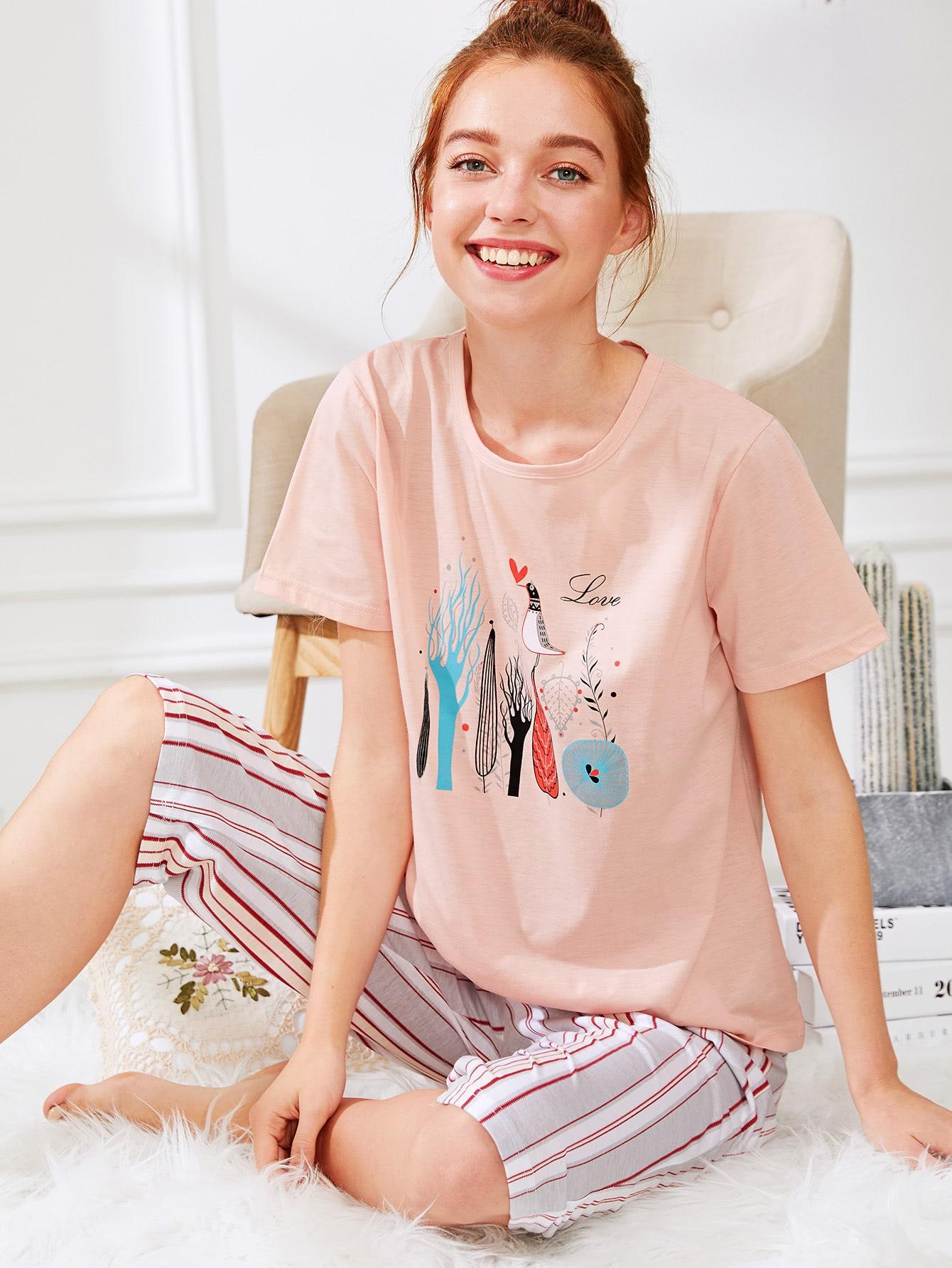 Комплект пижамы футболка с принтом мультики и брюки в полоску