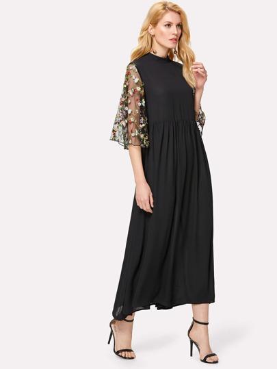 Embroidery Mesh Trumpet Sleeve Dress