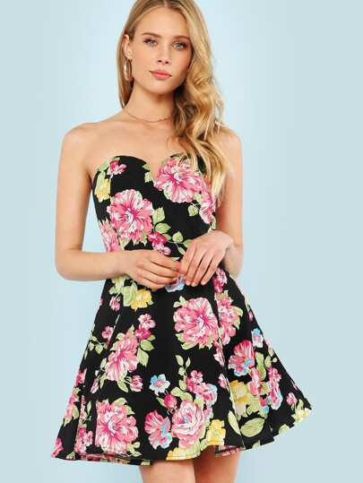 Floral Print Strapless Fit and Flare Dress with V Cut Detail BLACK MULTI