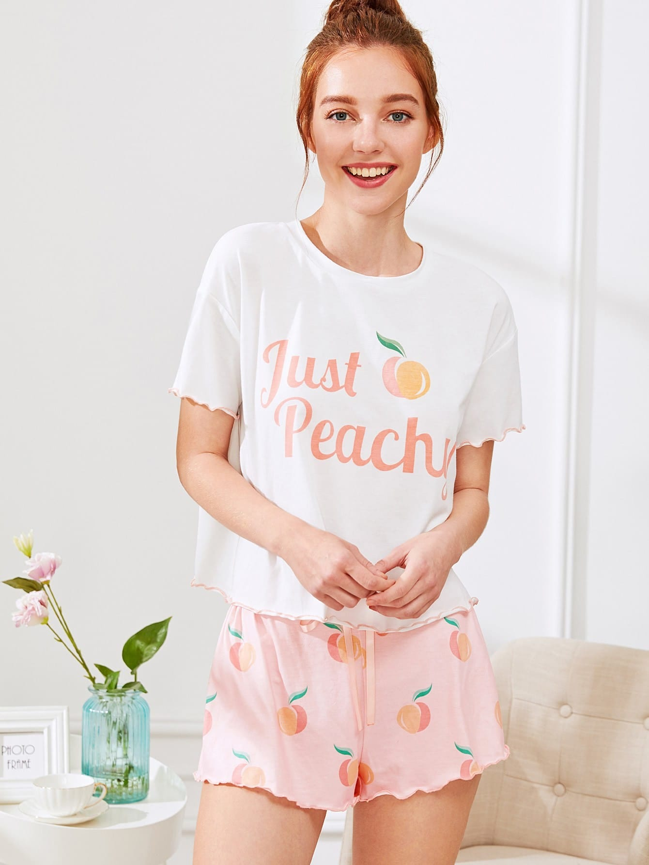 цена Fruit Print Lettuce Edge Tee And Shorts PJ Set