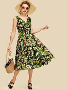 Botanical Print Boxed Pleated Wrap Dress