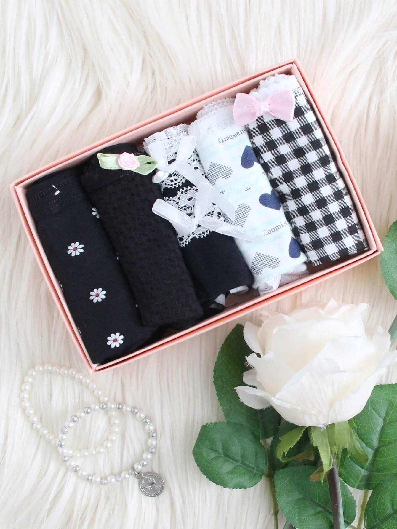 Heart & Gingham Print Panty 5pcs strawberry print panty 5pcs