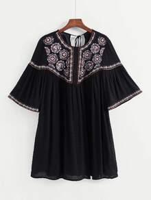 Tassel Tie Back Embroidery Dress