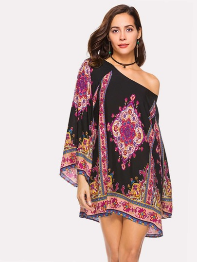 Baroque Print Raglan Sleeve Tunic Dress