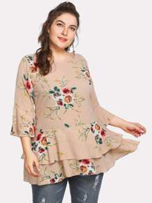 Fluted Sleeve Floral Print Tiered Hem Tee