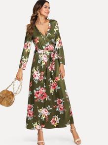 Pocket Side Fitted Waist Floral Dress