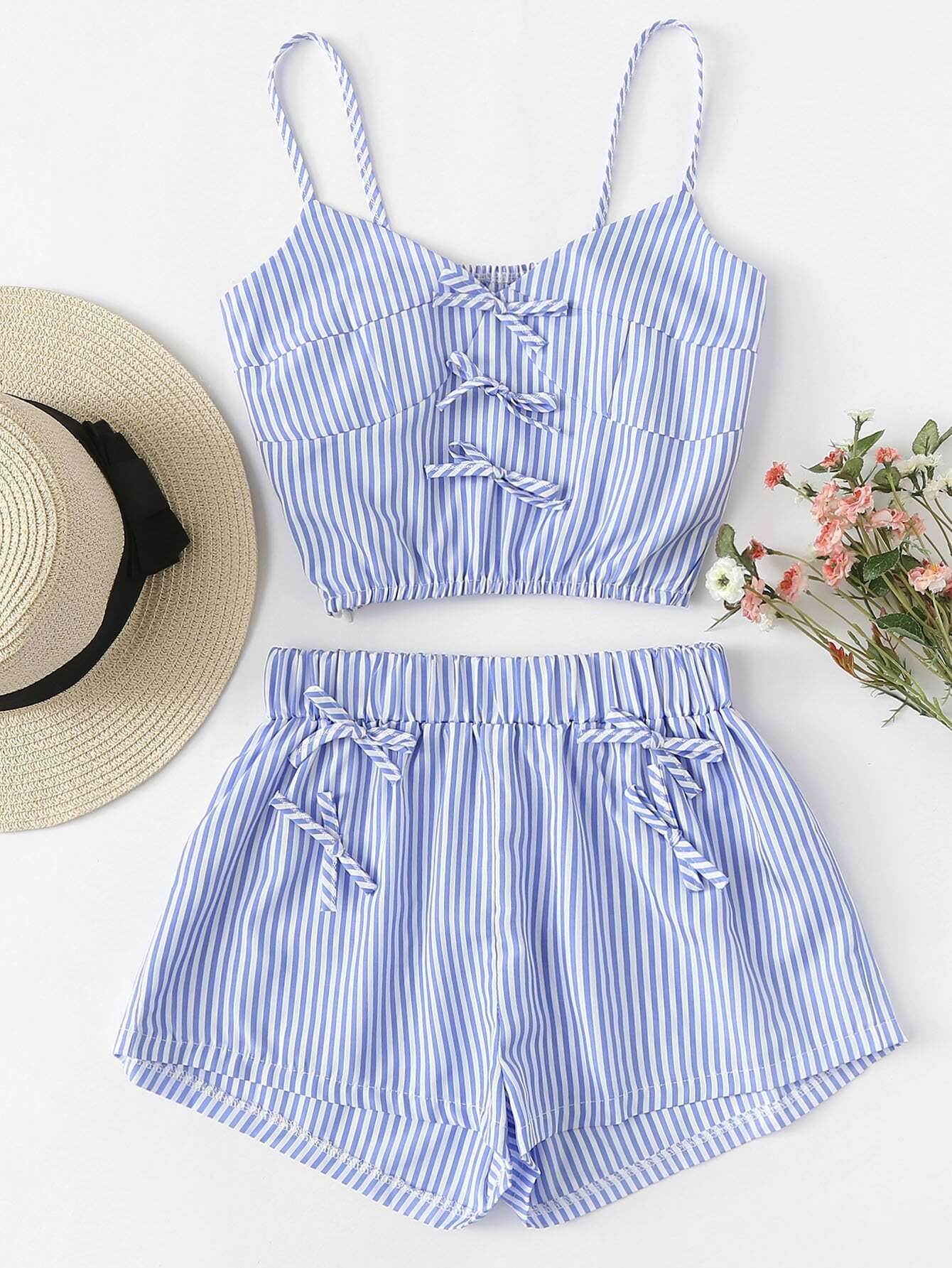 Contrast Stripe Crop Cami Top With Shorts