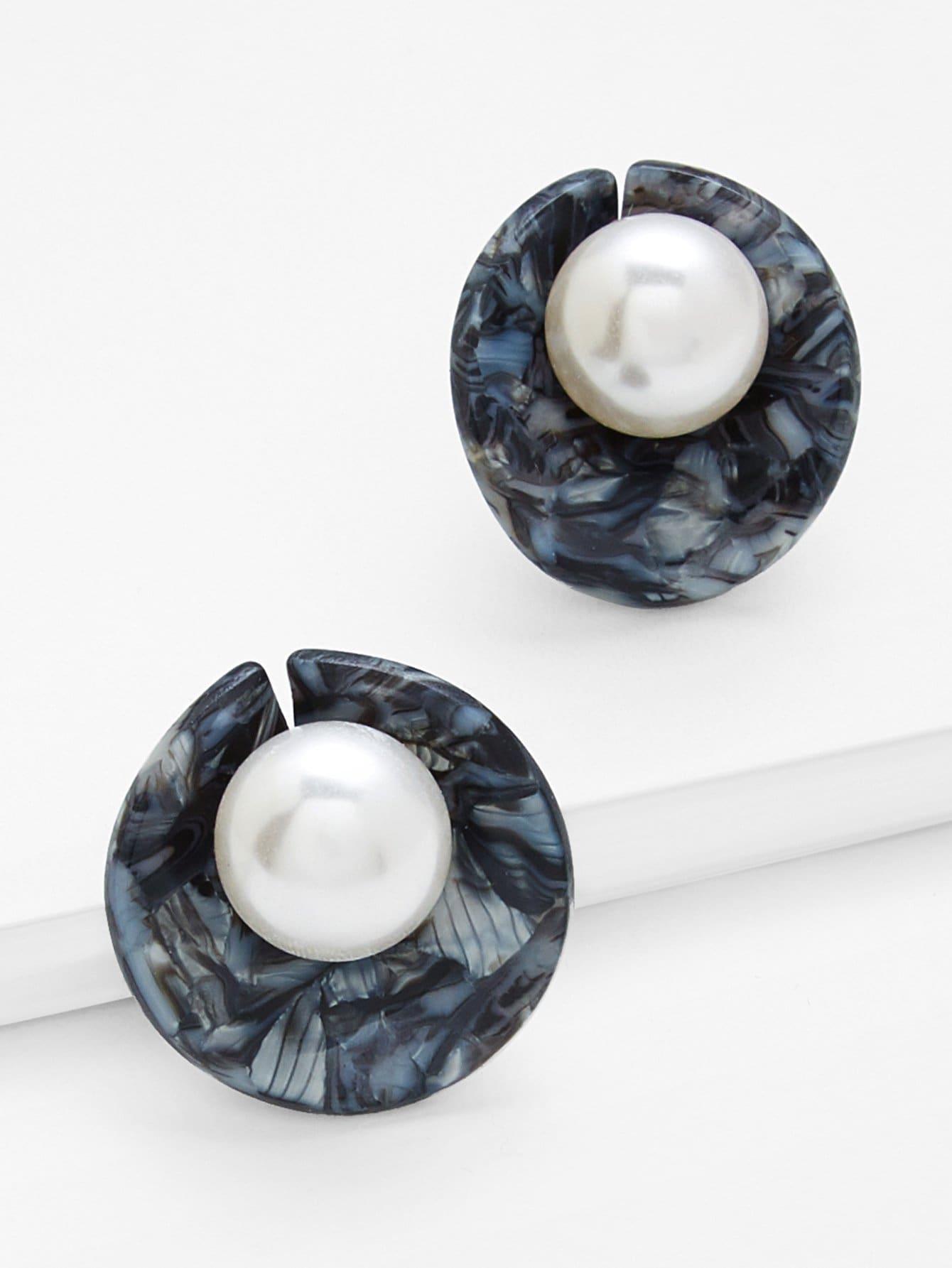 Фото Stud Earrings With Faux Pearl faux pearl round stud earrings