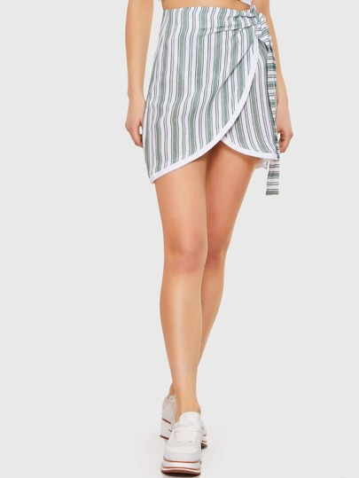 Contrast Stripe White Hem Knot Mini Skirt
