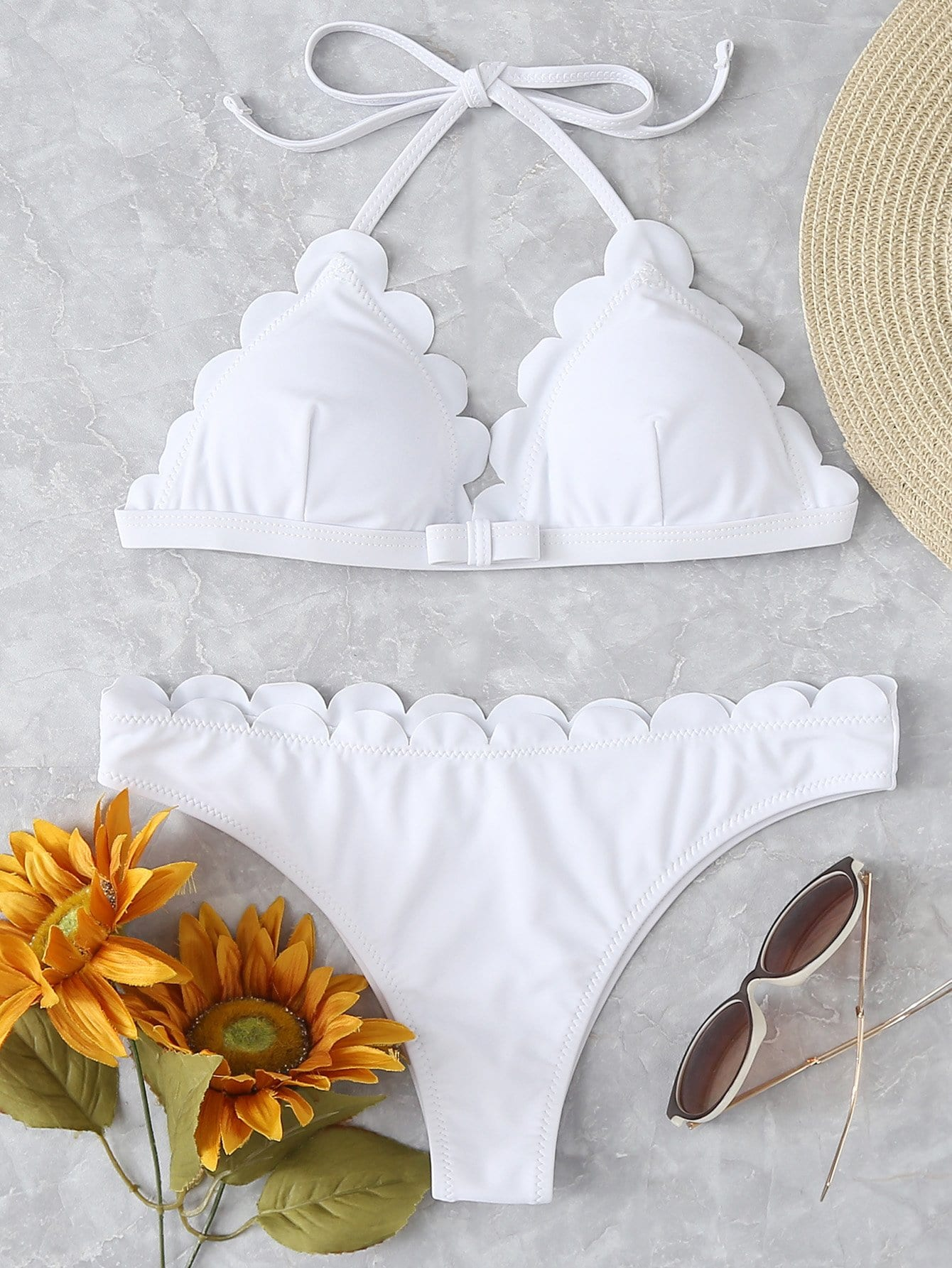 Bow Front Scallop Trim Halter Bikini Set цена и фото