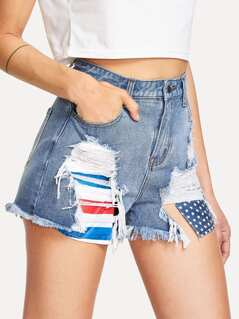 Printed Stick Out Pocket Detail Destroyed Denim Shorts