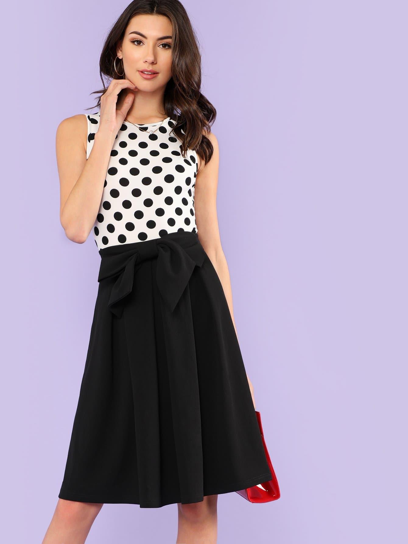 все цены на Boxed Pleated Polka Dot Dress