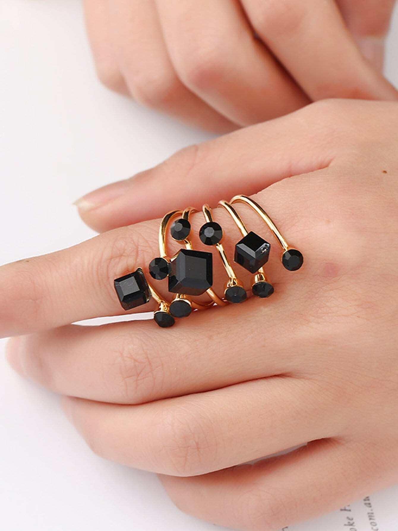 Gemstone Spiral Ring все цены