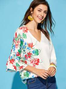 Layered Trumpet Sleeve Botanical Top