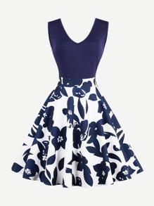 V Neckline Floral Print Zip Up Side Dress