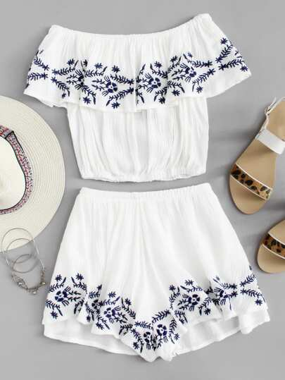 Off Shoulder Embroidered Crop Top With Shorts