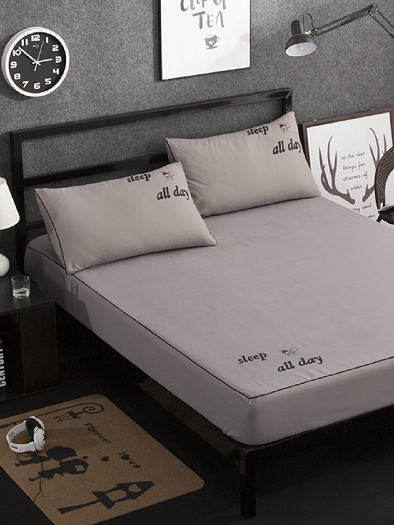 Letter Print Full Covered Bed Cover Set