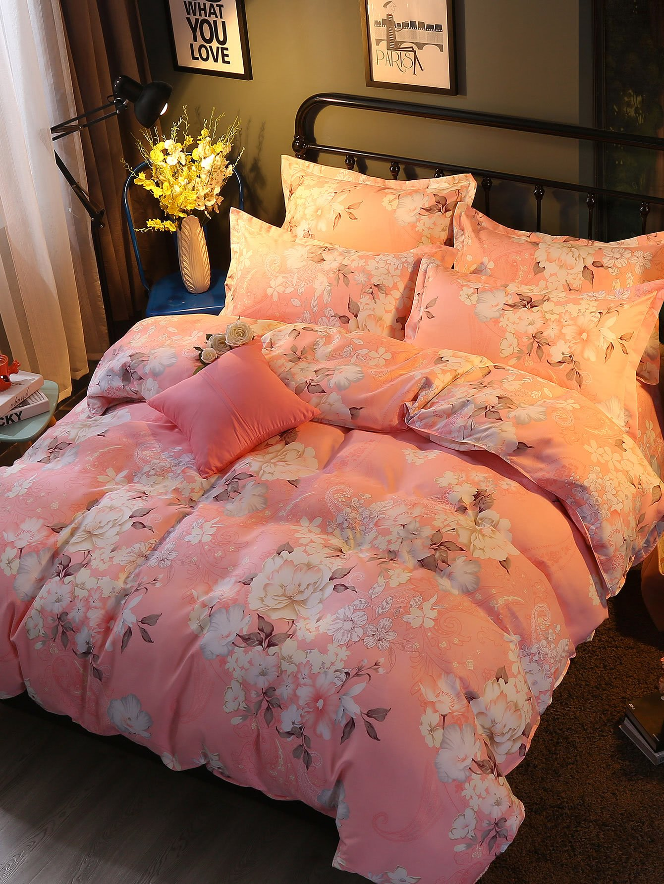 All Over Florals Print Bedding Set
