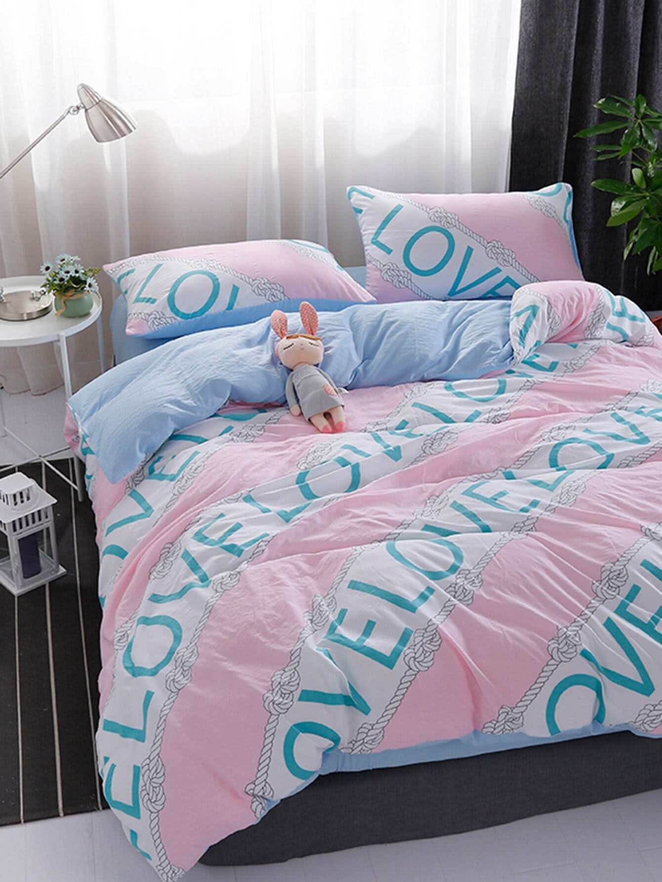 Colorblock letter Print Bedding Sets letter print two tone bedding set