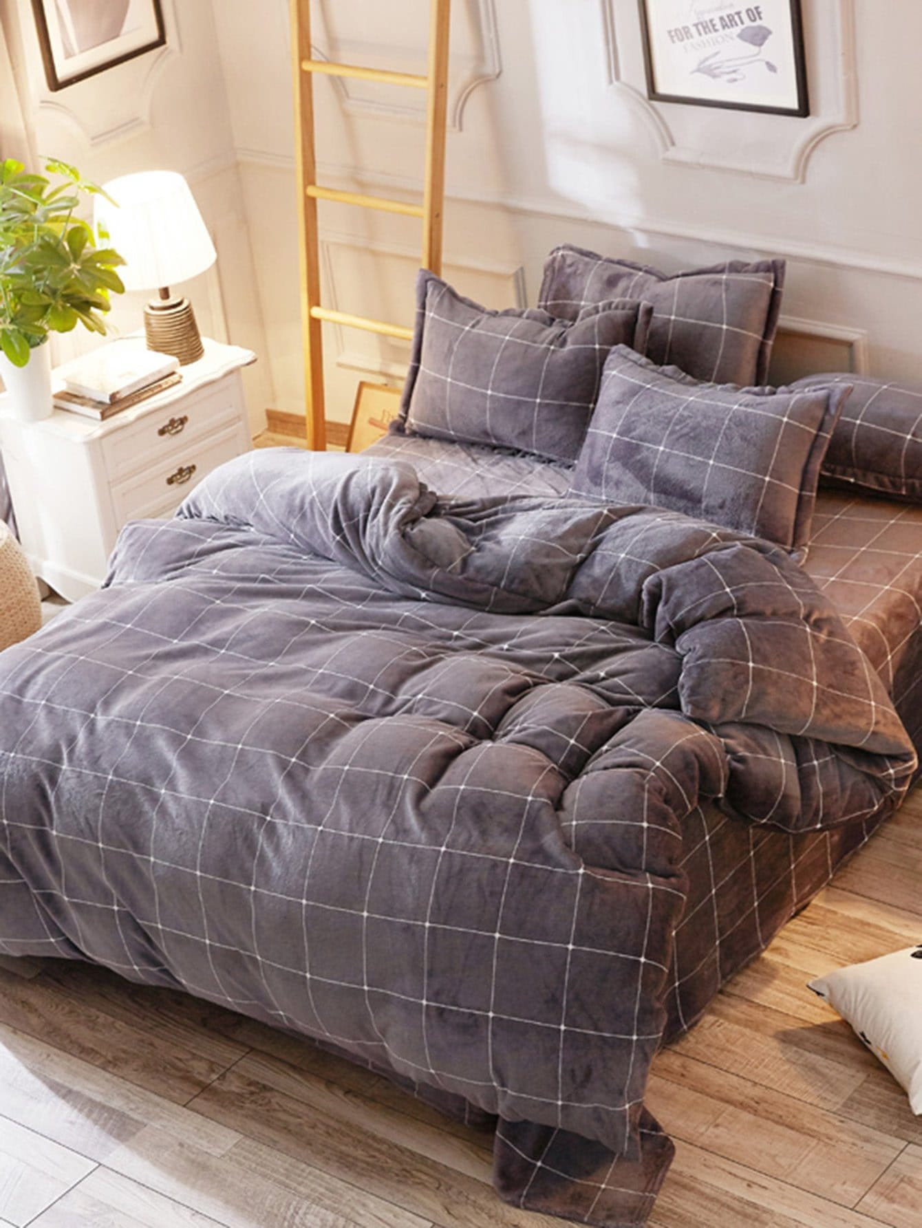 Grid Fuzzy Duvet Cover & Sheet & Sham Set grid duvet cover set