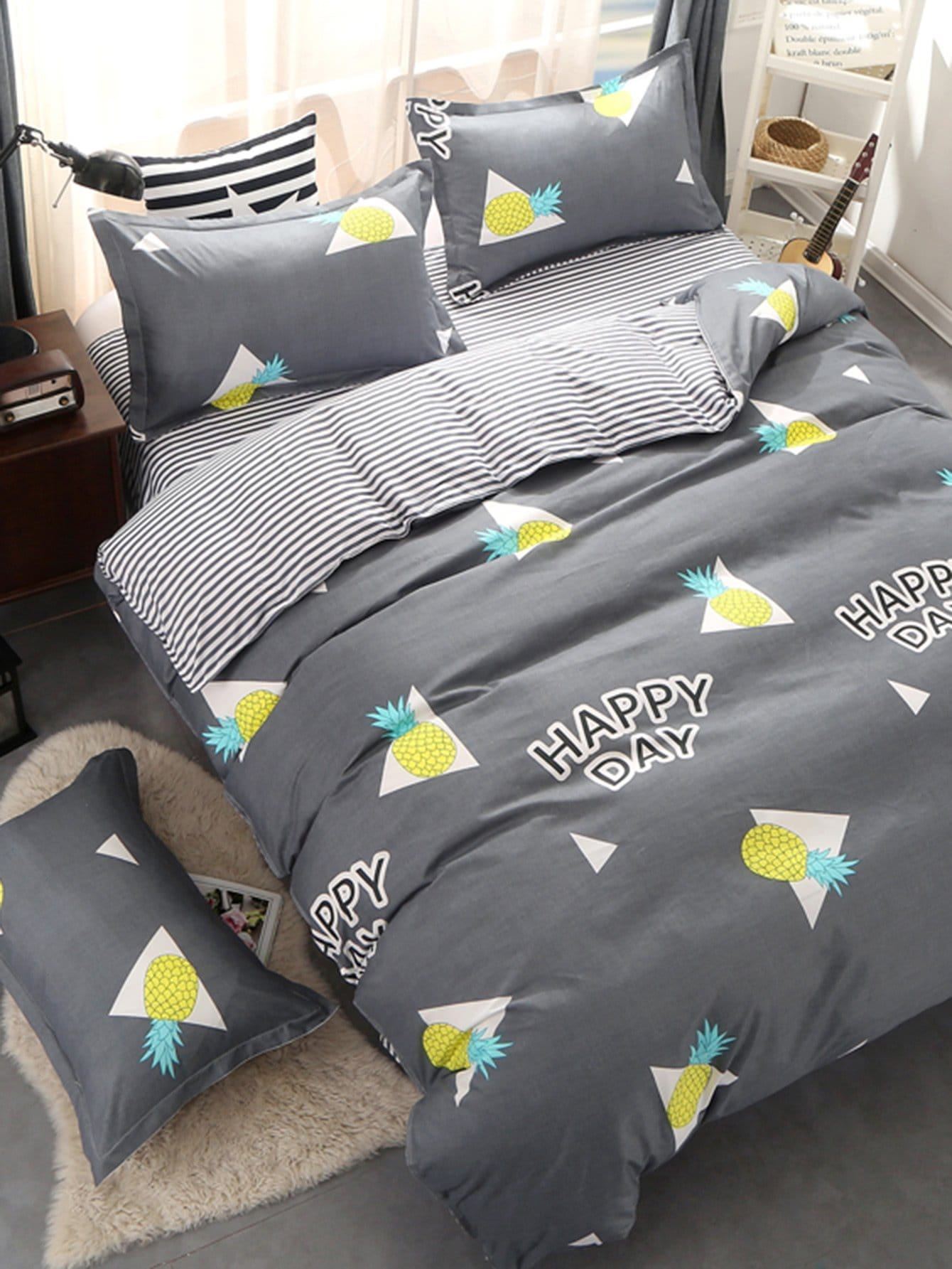 Letter & Pineapple Print Duvet Cover Set