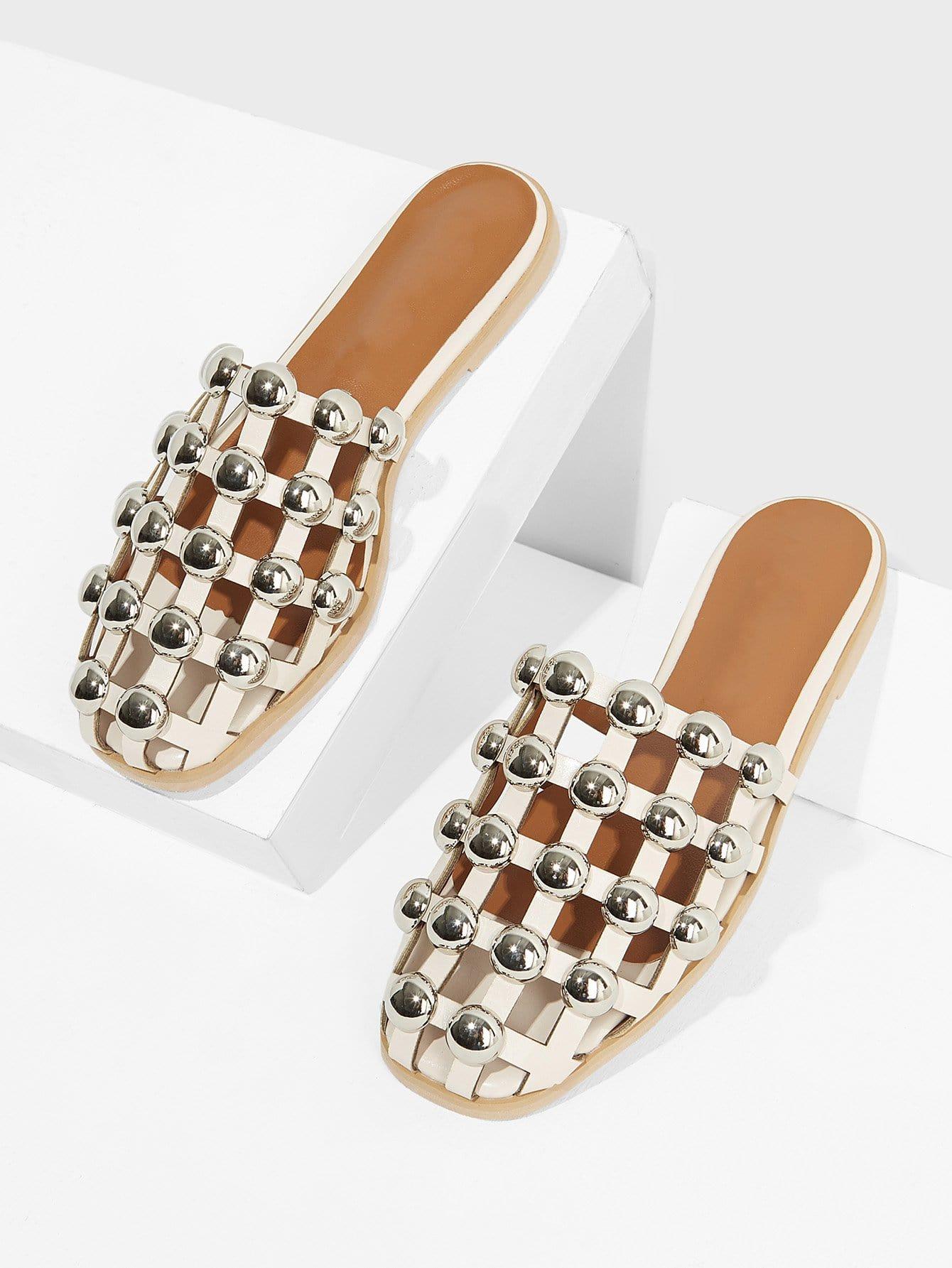 Фото Closed Toe Beaded Cut Out Flats closed toe v cut chunky heels mauve