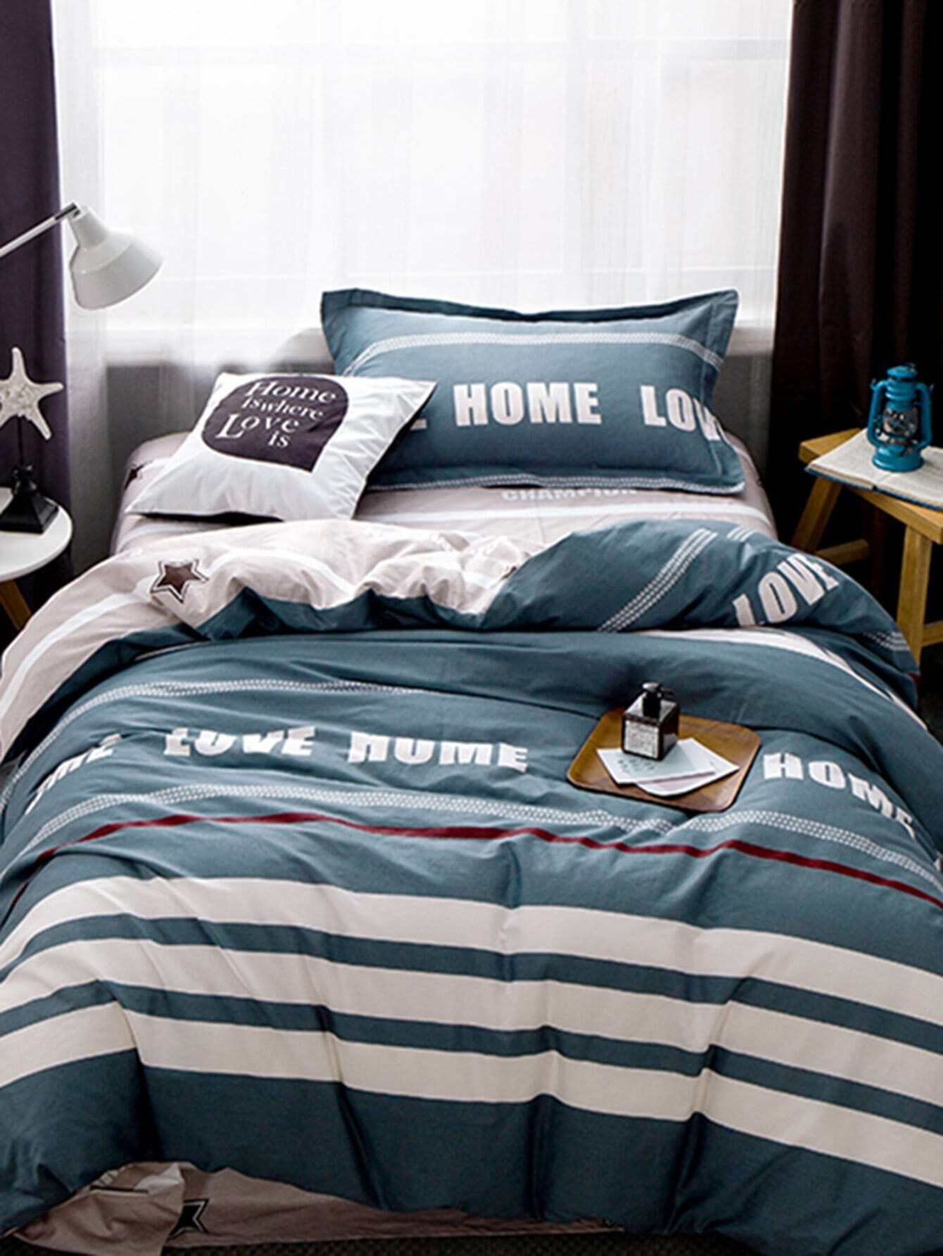 Contrast Striped Letter Print Bedding Set letter print two tone bedding set